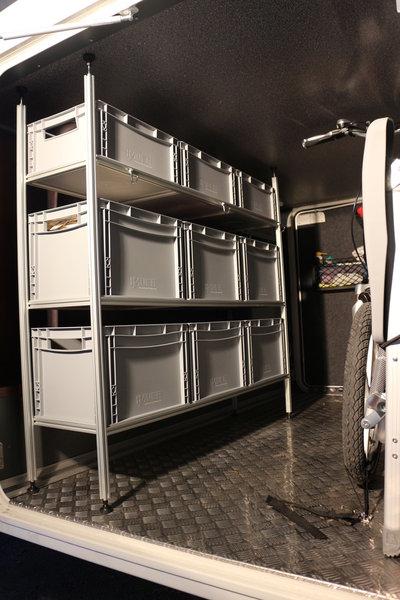 einbau in wohnmobil carthago chic c line wieners. Black Bedroom Furniture Sets. Home Design Ideas